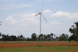 La Caixa offsets its CO2 emissions with a wind power project developed in India