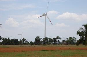La Caixa compensa sus emisiones de CO2 con un proyecto eólico en la India