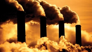 Damages caused by CO2 emissions cost 220 dollars per tone
